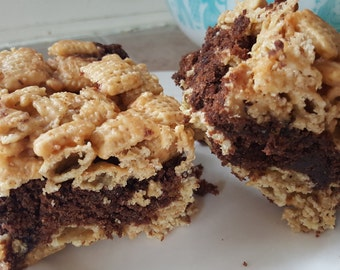 Peanut Butter Chex Brownie Bars!! Gourmet, rich, delicious
