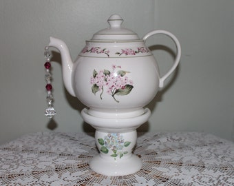 Hydrangea Teapot Standing Centerpiece, Soft Cranberry/Blue Hydrangea Vase, Bridal/Baby Shower, Wonderland Mad Hatter Tea Party Decoration