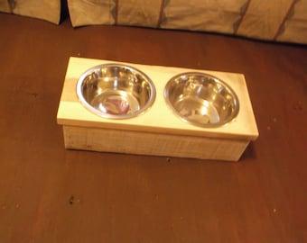 Raised Dog Feeder,Pet feeder,elevated dog feeder,Dog Bowl,elevated dog bowl,pet feeder,raised dog bowl,pet bowl holder,raised pet feed bowls