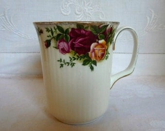 Vintage Royal Albert Old Country Roses China Mug 4 ""