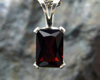 Red garnet pendant, sterling silver round pendant with garnet, pendant necklace red garnet 7x5 mm genuine garnet necklace