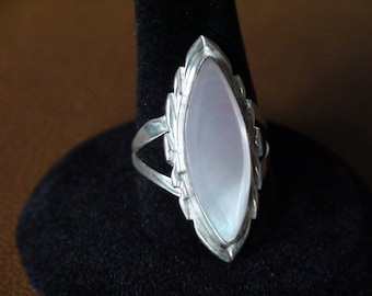 Native American Navajo Sterling Silver Mother Of Pearl Ring Size 8