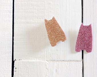 Pin Glitter   Le petit chat