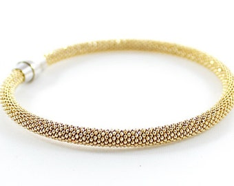 Vintage SCHOFER Signed Shining Gold Tone Cable Bangle Bracelet Magnet Clasp