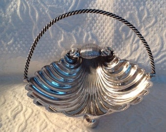 Vintage Silver Plate Shell Nut/Candy Dish with Fish Feet