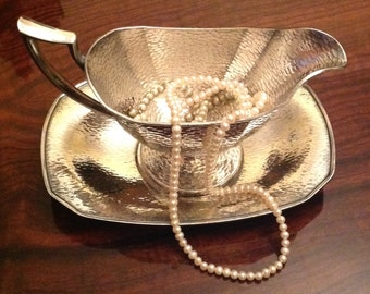 Arts and Crafts Hammered Homan Plate on Nickel Silver W.M. Mounts Gravy Boat with Under Tray