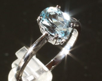 14K White Gold Sky Blue Topaz Solitaire Engagement Ring 6.25, Set with an 8 X 6MM Oval Genuine Sky Blue Topaz Gemstone