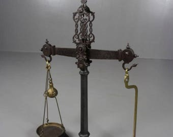 Victorian Shop Counter Scales