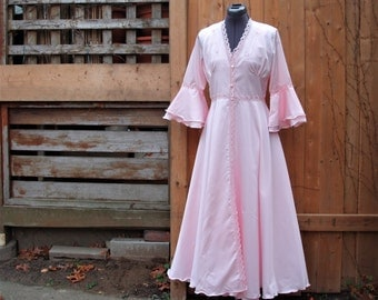 Vintage Pink Renaissance Look Polyester Negligee Set Made In Italy ANNA 100% Polyester Nylon 2 Piece Peignoir Set / Negligee / Night Gown