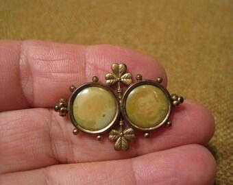 Gorgeous Antique Art Nouveau Gold Plated Double Photo Three Leaf Clover Brooch.
