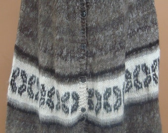 New, exclusive, 100% Alpaca wool, hand knitted, Poncho, cloak, cape, andean, soft, warm, winter, andes, hand woven, rustic, one of a kind