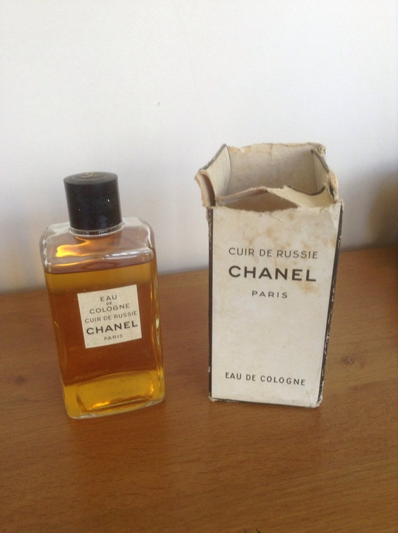 vintage chanel 39 cuir de russie 39 eau de cologne. Black Bedroom Furniture Sets. Home Design Ideas