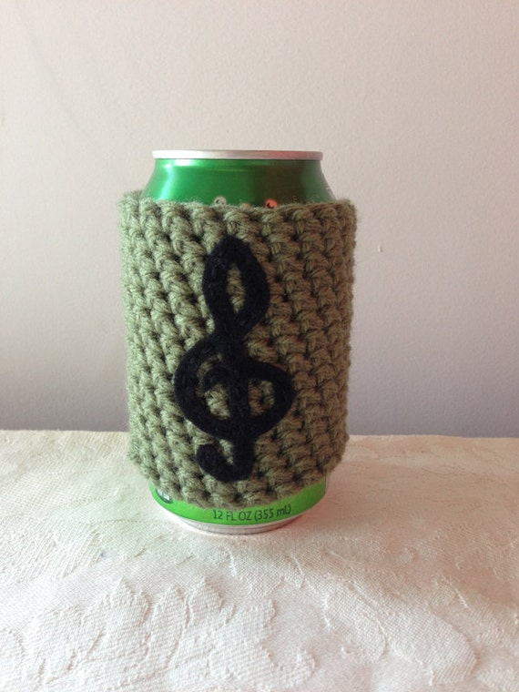 Treble Clef Music Note Crochet Beer Cozy In Forest Green