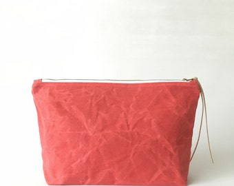 POPPY / waxed canvas cosmetic bag