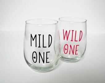 Best Friend Wine Glasses // Sister Wine Glasses  // Mild One Wild One // Gift for Best Friend // Gift for Sister // Gifts under 20 // Set