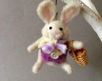 Needle felted Easter bunny rabbit, wool felt animal, felted bunny, felted animal, needle felted animal, Easter bunny, Easter decoration