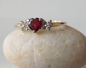 Sterling Silver Garnet Ring Vintage Garnet and CZ January Birthstone Ring, Garnet Heart Ring, Retro Garnet Jewelry Size 8  Minimalist  Ring