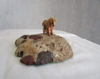 Horse on Puddingstone Conglomerate / Spirit / Totem Animal / Niagara Peninsula Geological Society