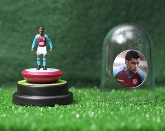 Paul McGrath (Aston Villa) - Hand-painted Subbuteo figure housed in plastic dome.