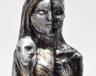 Hel - Handmade gilded statue - Steel finish