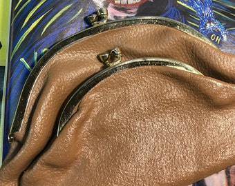 Leather clutch vintage double kiss lock