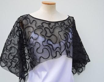 Clearance 30% Gothic Poncho rebroder, cape rebroder black