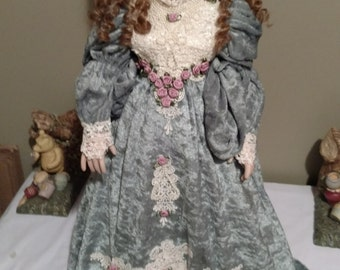 "Patricia Loveless ""Theodora"" Victorian Repro Porcelain Doll LE 1202/2000 1996"