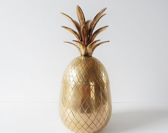 Mid Century Brass Pineapple box 10 inch Vintage brass pineapple candle holder hollywood regency Brass pineapple figurine vintage brass decor