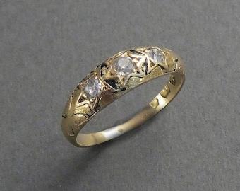 18K Enamel Band with 3 diamonds size 6.25