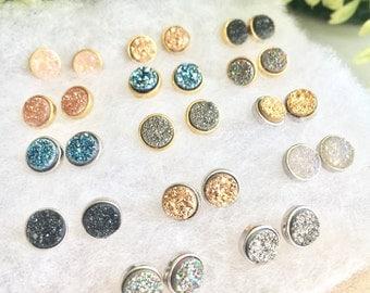 SALE Genuine Druzy stud earrings !! Tiny REAL genuine Druzy earrings studs! 14 colors! Free Shipping! Earring studs, 6mm druzy studs, brides