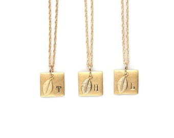 Square Necklace, Initial Necklace, Geometric Necklace, Square Pendant Necklace,Personalized Necklace,Leaf Necklace,Engraved Necklace,Nature