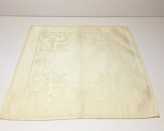 Dinner Napkins / Vintage Set of 12 Cream Cotton/Rayon Napkins