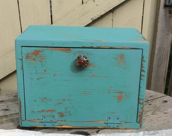 Shabby Chic Wood Breadbox Finished in Seafoam Green