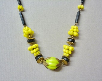 Art Deco Lime Necklace
