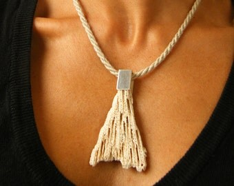 White Coral pendant, polished Silver 925, modern, young fashion, Coral reef lot for she, giftbox, chain, Statement, New - UNIQUE- H