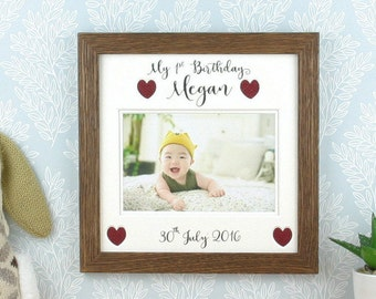1st birthday gift, Baby picture frame, First birthday photo frame, suitable for a baby boy or baby girl. Holds a 4 x 6 photo.
