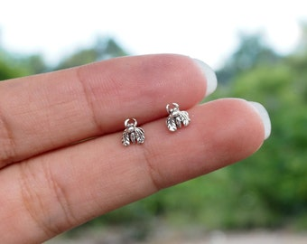 Fly Insect Stud Earrings, 925 Sterling Silver, Cartilage earrings, Steampunk, Bug earrings, Fly Jewelry - SA197