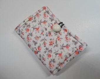 Tea Wallet - Tea Pouch - Tea Travel Bag - Tea Purse - Purse Accessory - Padded - Floral - White - Peach