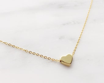 Gold Heart Necklace / Dainty Heart Choker / Gold Layering Necklace / Bridesmaid Necklace