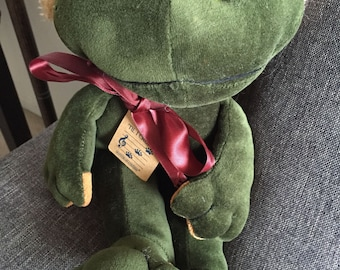 Vintage Boyds Collection Croaking Frog and Christmas Songs Christmas Frog