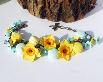 Easter Bracelet Daffodils Forget-me-nots Macaroons Cute Charm Bracelet polymer clay Pastel bracelet French macaroons bracelet Easter gift
