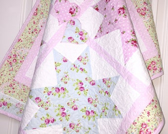 Lace baby quilt, Modern Baby girl quilt, Baby quilt girl with roses, flower baby quilt, lap quilt, blanket, baby quilt handmade, wall decor