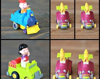 Set of 6 Snoopy's gang figurine from 1966, Peanuts figure, Train Snoopy, Snoopy car, Charlie brown train, Woodstock car, Lucy Van Pelt, Mcdo