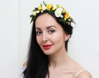 White ivory yellow flower crown Summer wedding Floral halo Wedding hair wreath Flower headband Bridal flower crown Flower girl Bridesmaid