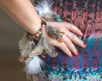 Feather bracelet, Bracelet with feathers, Boho bracelet, Bohemian bracelet, Festival bracelet, Boho feather jewelry, Women feather bracelet