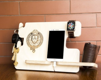 Personalized Fordham University docking station - iPhone charging stand, gift idea - Mens charging dock