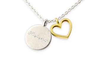 personalized name necklace with golden heart pendant