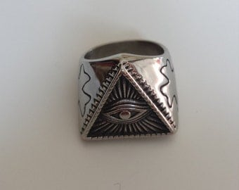 Silver eye ring sun Egyptian eye