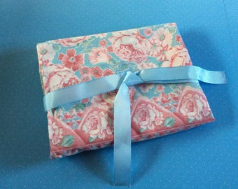 Vintage Fabric Bundle - Floral Cotton Fabric - Pink and Blue Vintage Pillowcases - Crafting Fabric - Sewing Dressmaking Home Decor Crafting