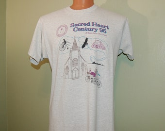 "1995 Vintage Sacred heart Century ""a race into the past"" T-shirt - 80s Greats Throwback Fruit OF the Loom XL"